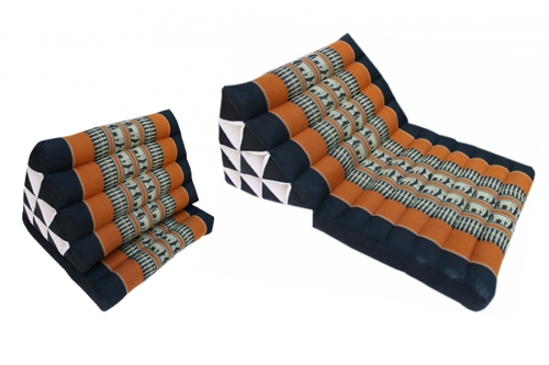 Triangle cushions with 1 foldable thaimat