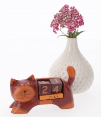 Wooden Calendar - Cat bordaux
