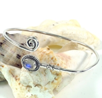 Boho bangle, bracelet with semi-precious stone - Moonstone